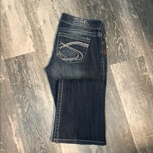 Tuesday Silver Jeans 27/33